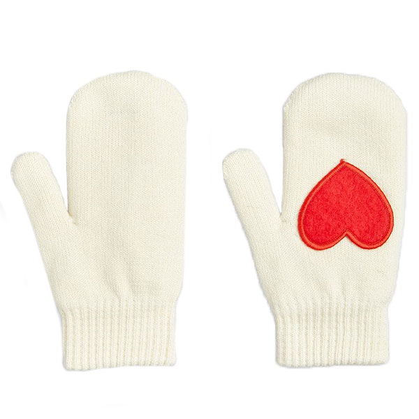 Heart Knitted Mittens