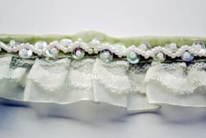 Band - pärlor o spets
