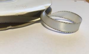 Band - beige med silver kant