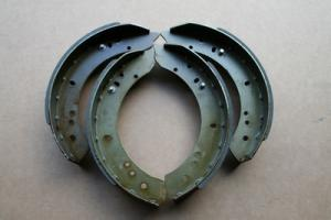 Brake shoe kit rear 4x4 and 6x6