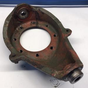 Steering knuckle (used)