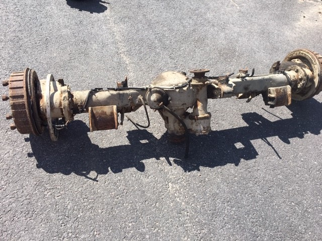 Front rear axle used complete ratio: 7,56:1 4 pin carrier