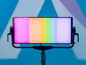 APUTURE NOVA P600C 600W RGBWW LED SOFT LIGHT KIT