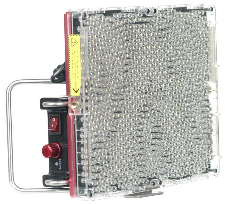 APUTURE AMARAN LED TRI-8C CRI95+