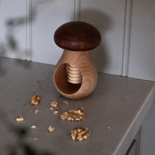 Nötknäckare svamp