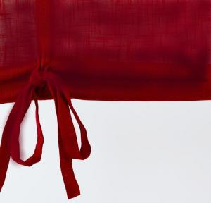 Hissgardin på metervara i tvättat lin, mörk röd