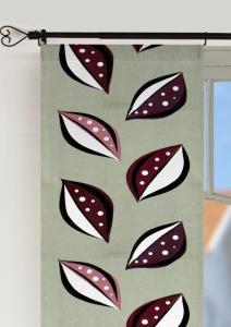 Panelgardin 50-ties, 2-pack i härlig retrostil med blad, plommonfärgade blad på grå botten.