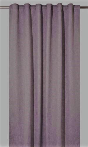 Extra långa mörkläggningsgardiner som ger rummet hotellkänsla, finns i 2 olika färger, rosa och grå.
