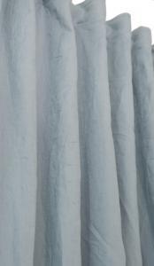 Stentvättad tunn linneserie med extra långa gardinlängder,kuddfodral och löpare
