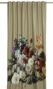 Gardinlängd Fiori i sammet med ljuvligt blommönster