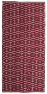 Matta Arama i tre storlekar med grafiskt mönster, röd