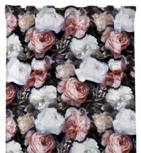 Gardinlängd i sammet, Angelina med rosor i vitt och rosa