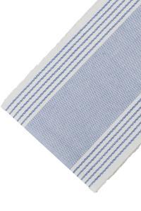 blå bordslöpare med ränder