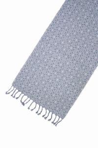 blå bordslöpare med snyggt mönster från Svanefors
