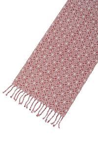 bordslöpare i röd med mönster. perfekt till jul