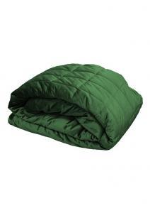 Stora quiltade överkast och sängöverkast i sammet från Redlunds.  Till dubbelsäng och enkelsäng i färgen grön.