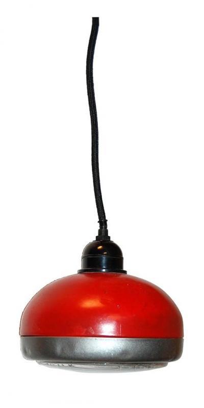 Pendel av gammal traktorljus - röd
