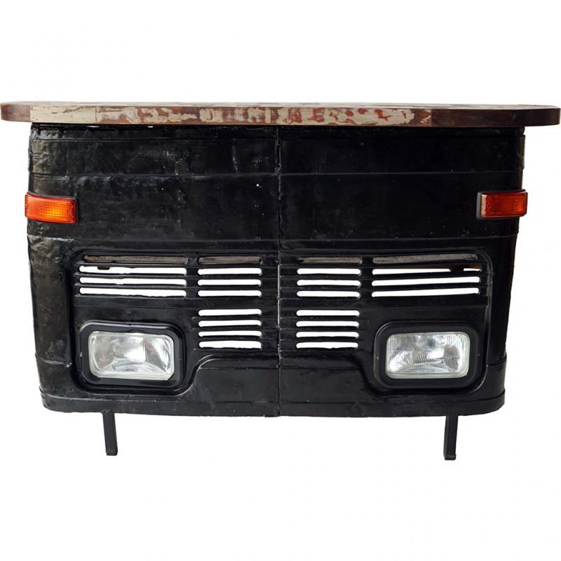 Himalaya bar med lastbil fram