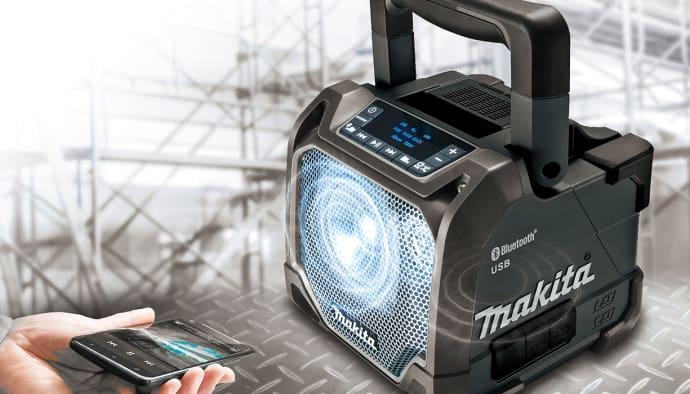Makita DMR202B Bluetooth Högtalare. 1 390 SEK   st ae1e5dd5ba0d0