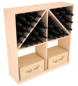 Massiv vinhylla med sneda/raka hyllplan