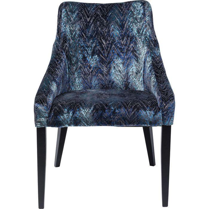 En mycket bekväm och elegant matrumsstol med tufft tyg i skiftande blå nyanser