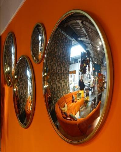 Spegel Convex Mässing 90cmø