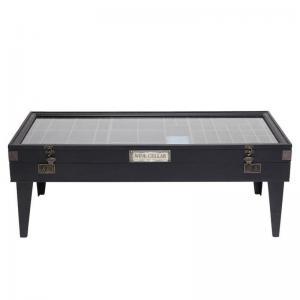 Ett rektangulärt svart soffbord i fin vintagestil.