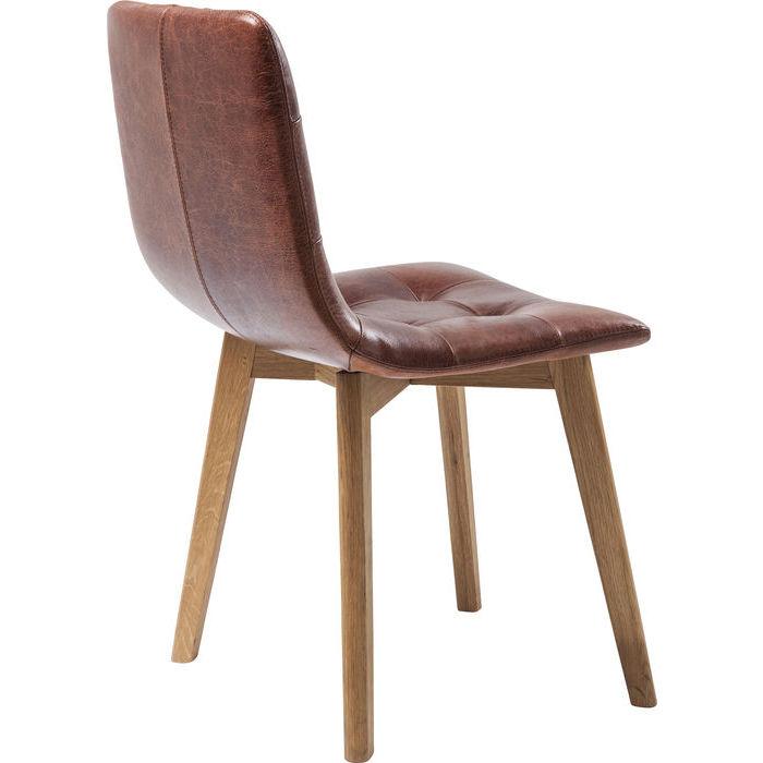 Modern stol i brunt vintage läder och underrede i trä