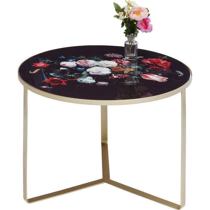 Ett annorlunda lite sidobord med blomstrande bordsskiva