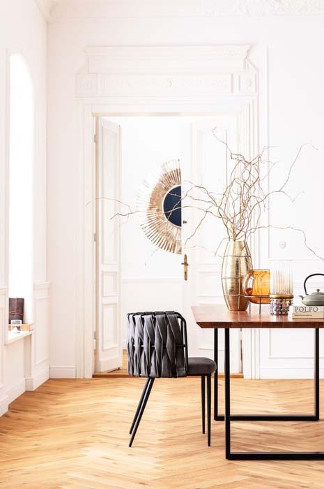 Elegant och modern matrumsinredning. Stolen finns även som barstol.
