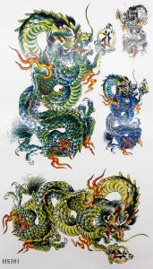 Tatuering kinesisk drake grön och blå