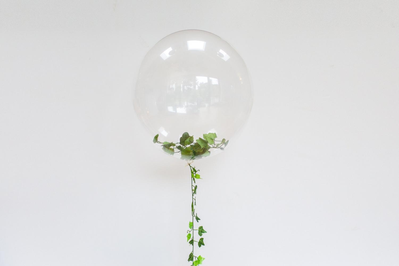 Plastväxt till ballonger