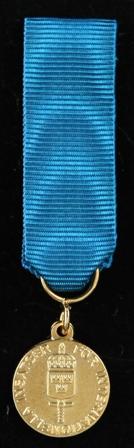 Försvarsmaktens belöningsmedalj för internationella insatser i guld