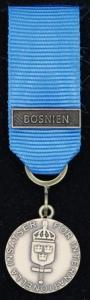 Försvarsmaktens medalj för internationella insatser i brons med bandspänne -BOSNIEN-