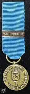 Försvarsmaktens medalj för internationella insatser i brons med bandspänne -ADENVIKEN-
